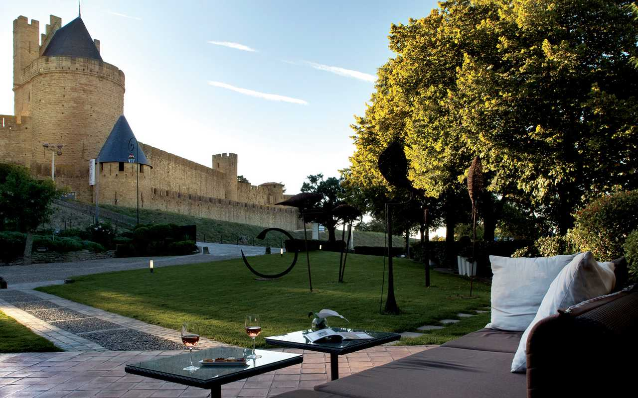 The medieval city Hotel Luxe Aude