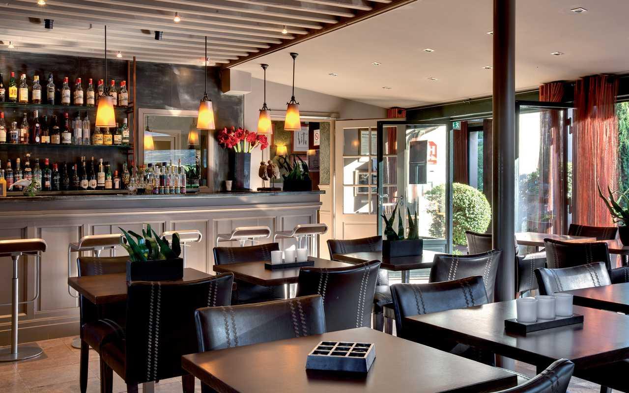 Bar lounge Hotel 4 étoiles Carcassonne