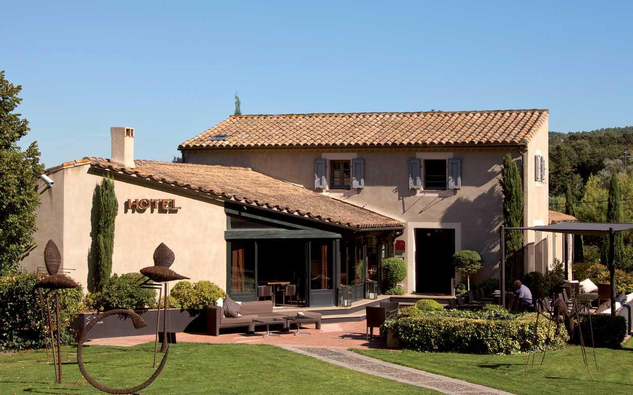 Facade Hotel 4 étoiles Carcassonne
