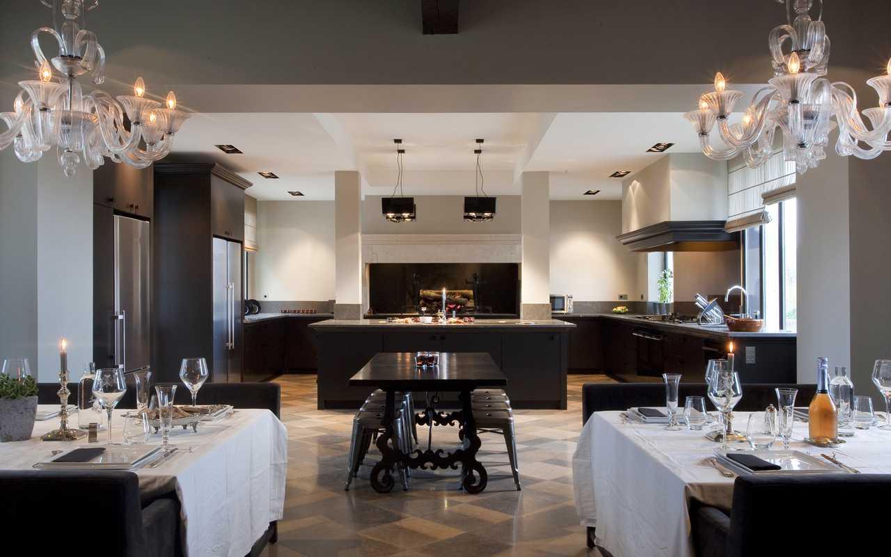Cuisine spacieuse Hotel 4 étoiles Aude